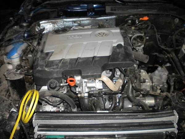 CR Engine 2011 Jetta